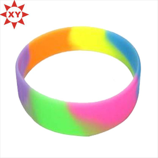 Fashion Silicone Bracelet Production Line for Summer Holiday (XY-MXL73006)